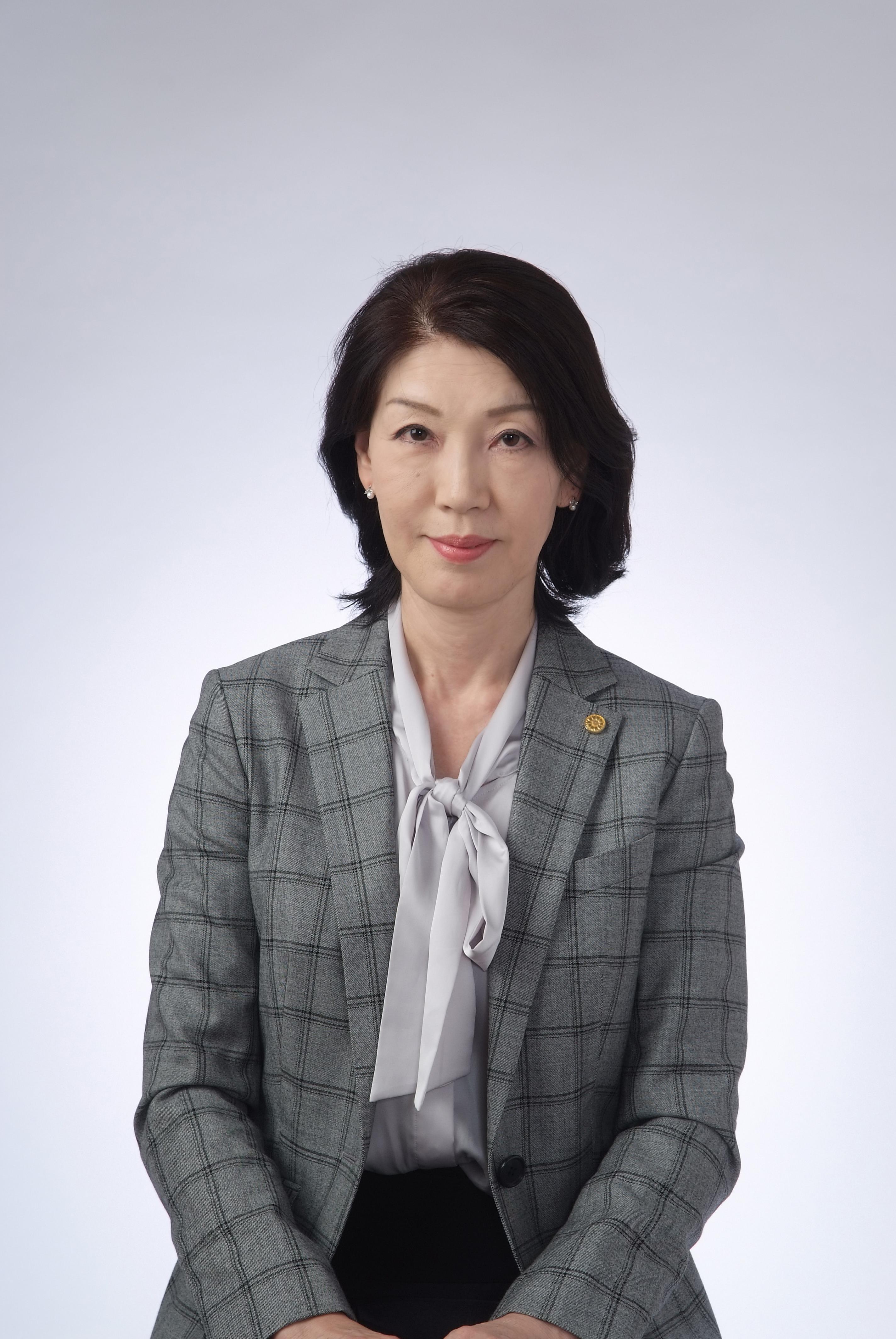 楢﨑聡美行政書士